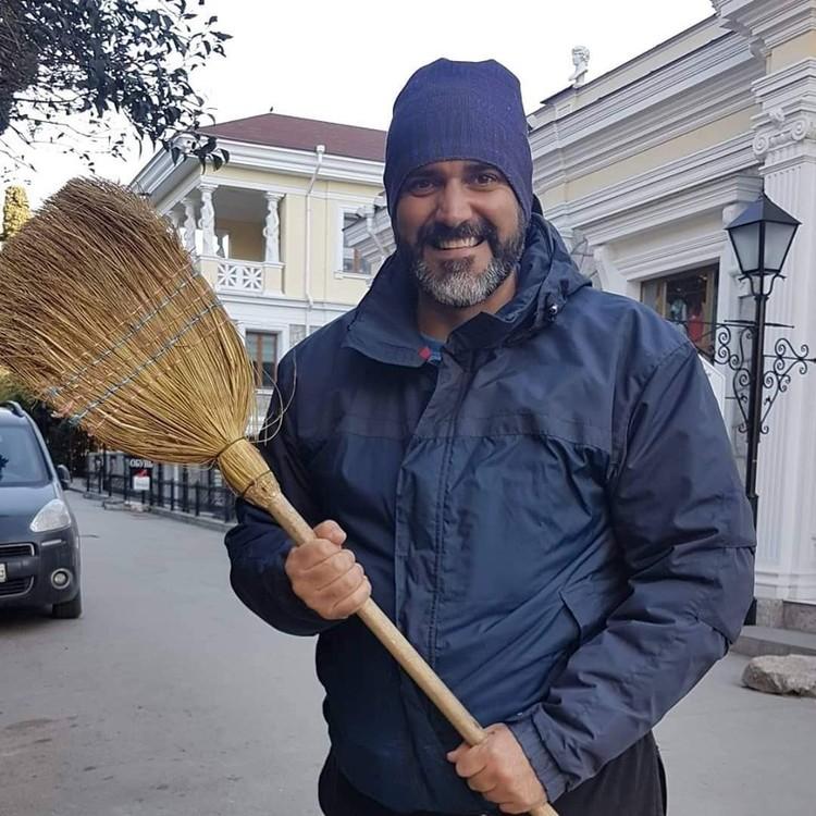 Борис Анзов считает, что каждый человек достоин счастья. Фото: Борис Анзов/FB