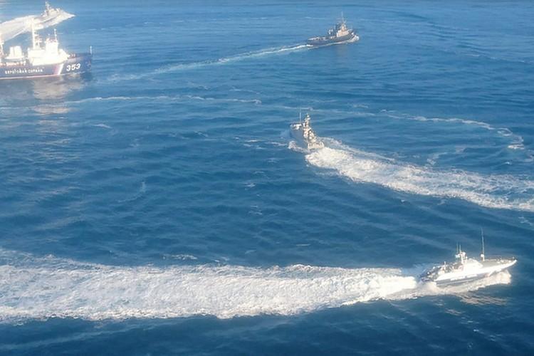На перехват рейдеров вышли погранкатера ФСБ России. Фото: Погрануправление ФСБ России по Республике Крым