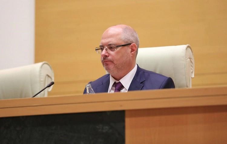 В Тбилиси беспорядки и предреволюционная ситуация возникла только потому, что депутат Госдумы Сергей Гаврило сел не в то кресло