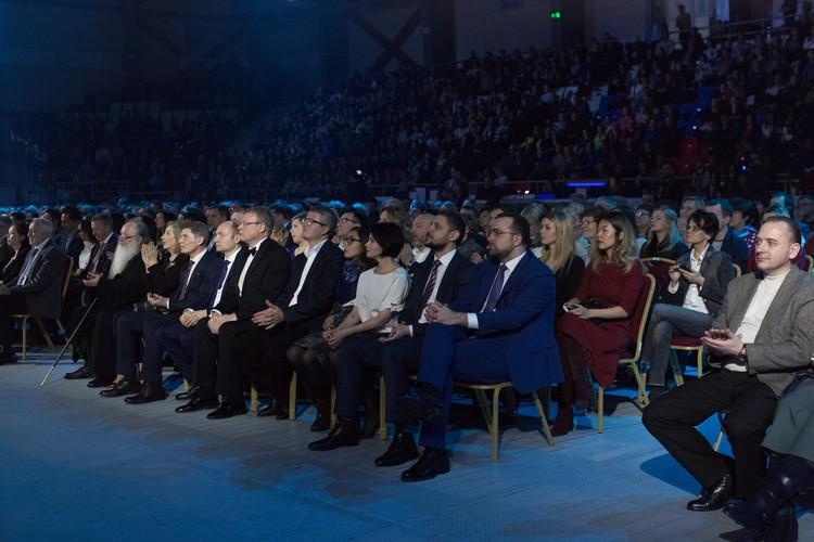 В зрительных залах Южно-Сахалинска транслируют лучшие сериалы прошлого года, посмотреть которые может любой желающий. Фото tvfest.ru