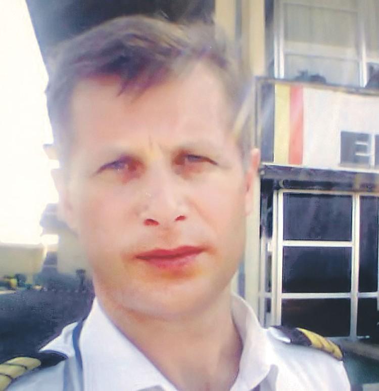 Бортмеханик Олег Барданов погиб... Фото: vk.com