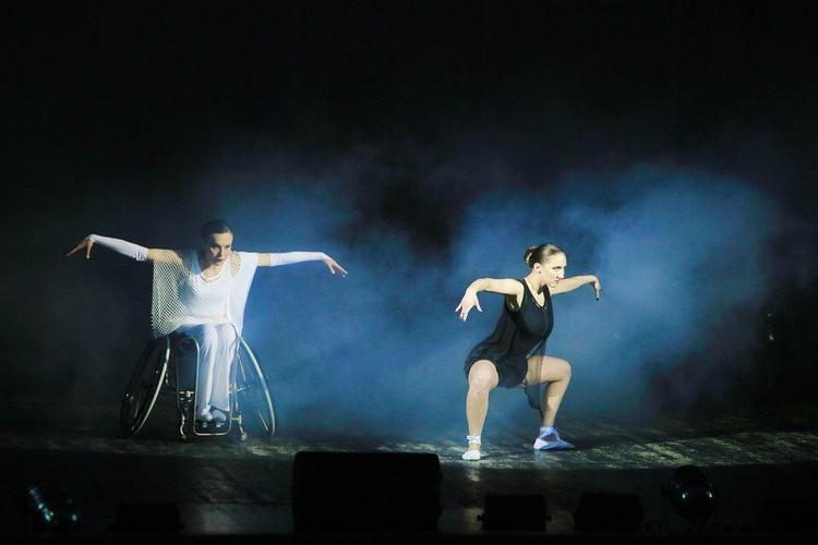 В ансамбле верят: танцевать и творить искусство может каждый Фото: Ольга Арнаутова, ансамбль Параллели