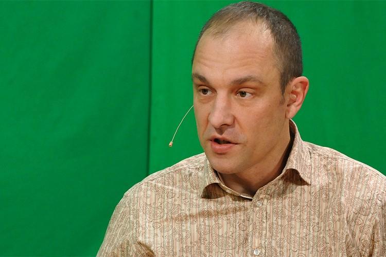 Директор Центра восточноевропейских исследований Андрей Окара.