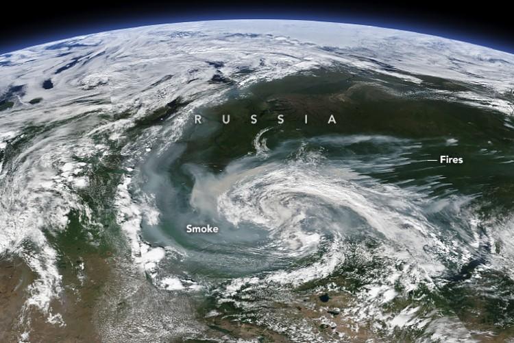 Снимок к финского спутника: в NASA считают, что пожары в сибирских лесах возникают от ударов молний.
