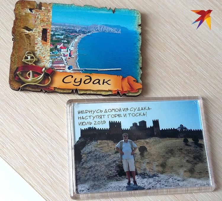 Образцы фанерно-сувенирной продукции местной туристической отрасли. Корреспондент «КП» внес очень весомый вклад в ее развитие.