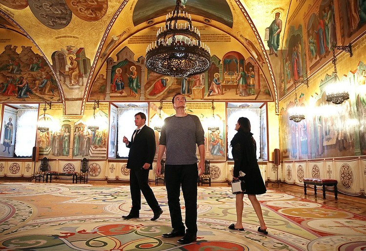 """Тарантино посетил выставку """"Хранители времени"""" в Кремле . Фото: Валерий Шарифулин/ТАСС"""