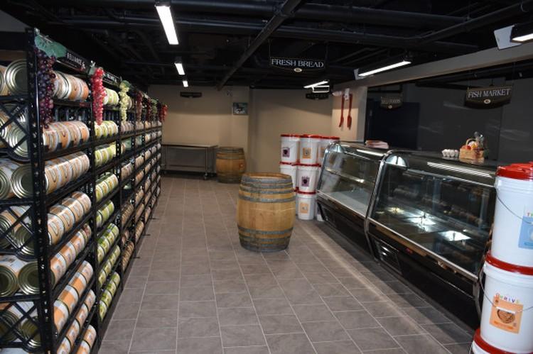 """Владельцы бункеров делают заготовки на """"черный день"""". Фото: SurvivalCondo.com"""