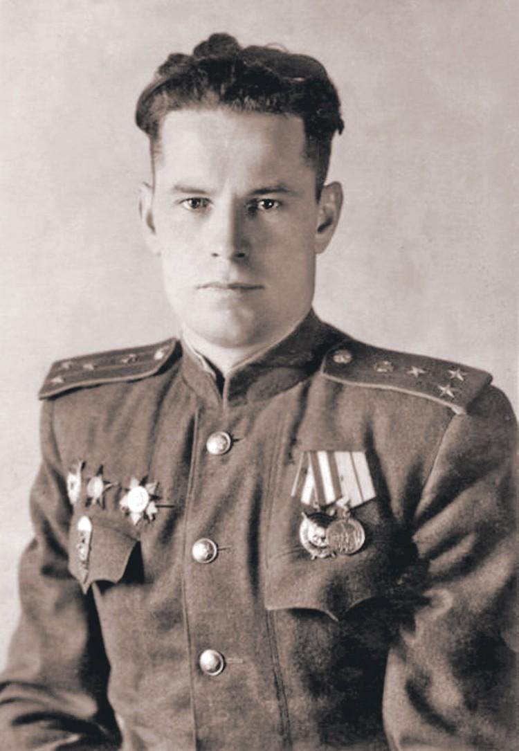 Папа актера, тоже Иван Иванович, был героем войны и любимцем женщин. Фото: Личный архив