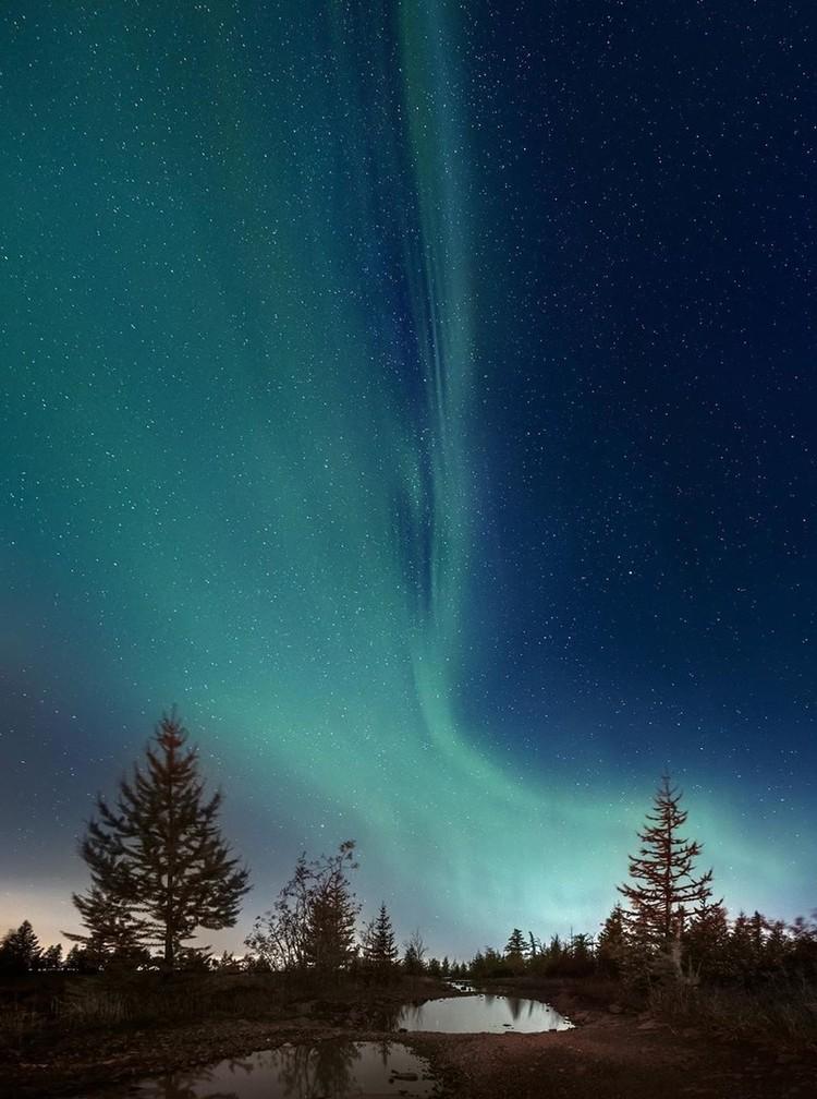 Игра красок в небе. Фото: Евгений КОЗЛОВ.