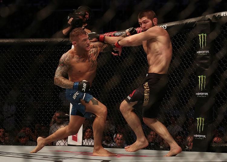 Бой завершился на 3 раунде.