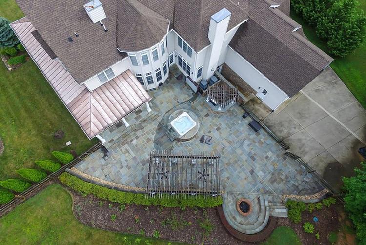 Смоленков в 2018 году купил предположительно этот дом в городе Стаффорде (штат Виргиния)