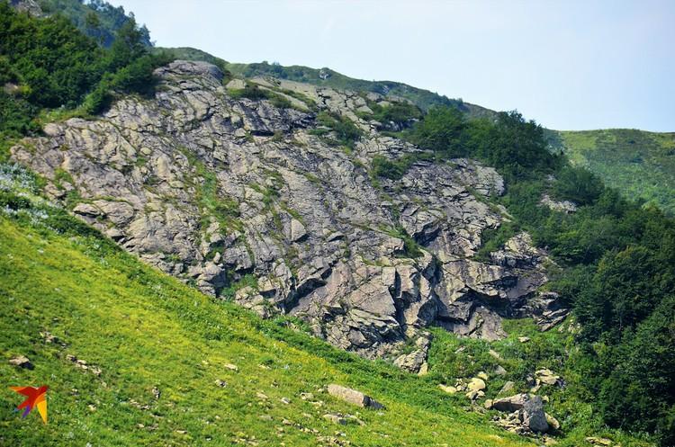 Виды с дороги на Псху