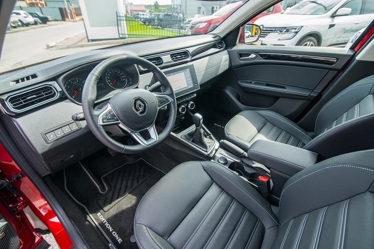 Инновации, лоск и европейское качество: Renault Arkana