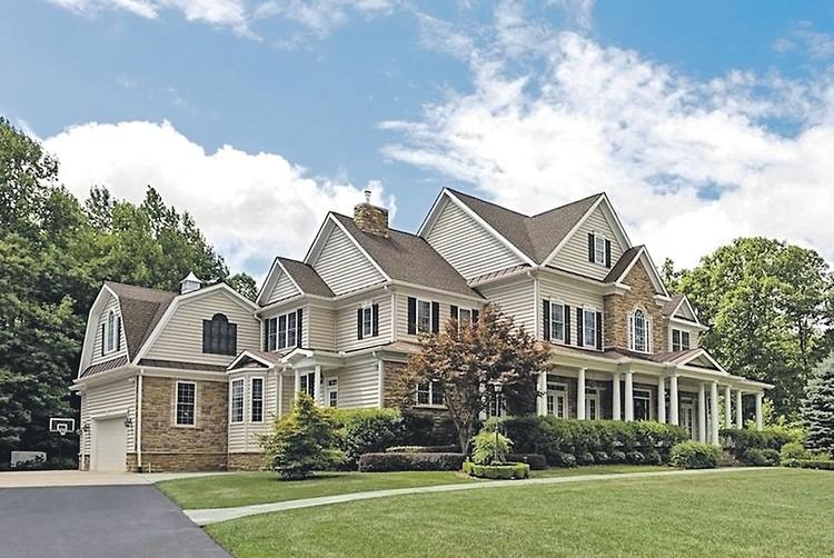 Дом перебежчика в Штатах за $925 тысяч на участке 1.2 га. Фото: realtor.com