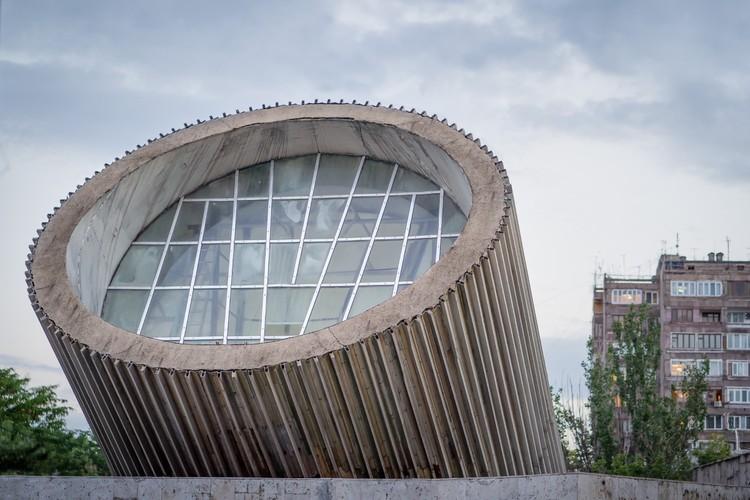 Станция «Молодежная» в Ереване. Открыта в 1981 году. Фото: Christopher Herwig/FUEL