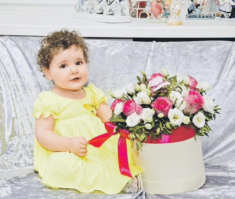 Дочери Виторганов Этель сейчас полтора года. Фото: instagram.com/emmanuil_vitorgan