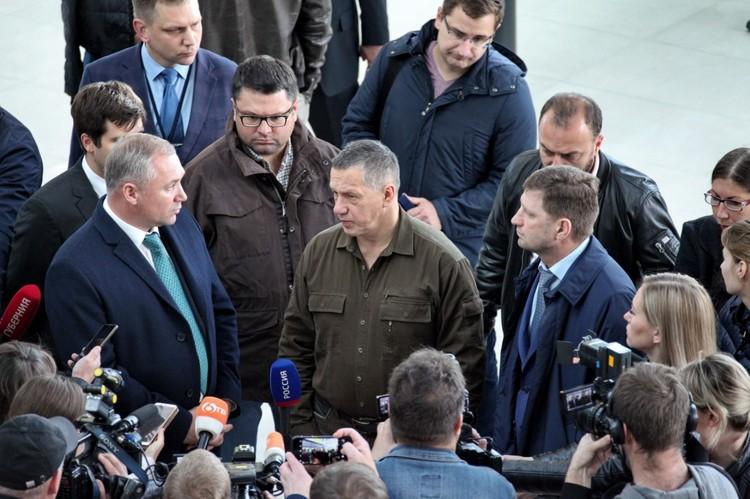 Юрий Трутнев в новом терминале. Фото: Минвостокразвития