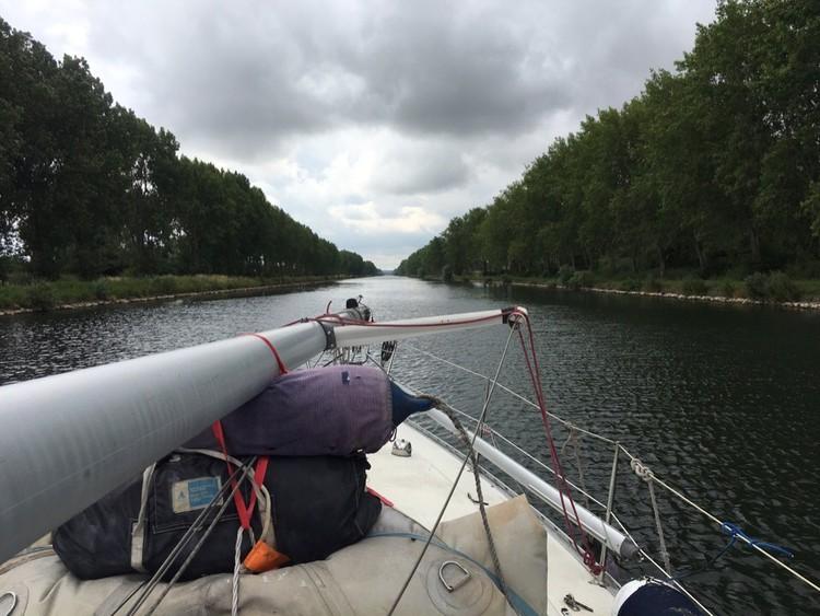 Францию прошли по каналам