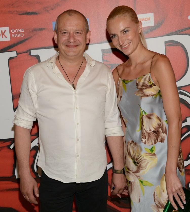 Дмитрий Марьянов с женой психологом Ксенией Бик.