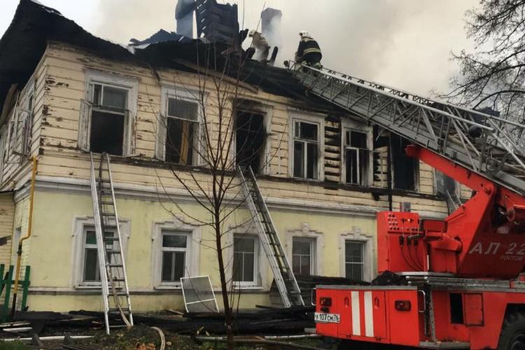 Уже через сутки после случившегося сообщили, что причиной возгорания стал поджог. ФОТО: правительство Ярославской области