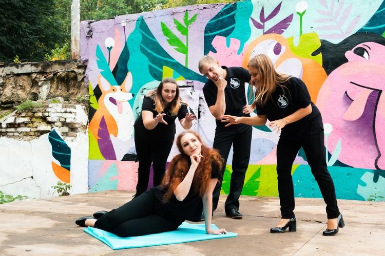 Каждый из артистов нижегородского плейбека, так или иначе, связан с психологией или педагогикой.