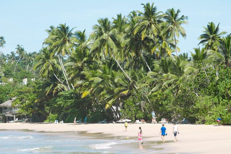 На одном из пляжей Шри-Ланки.