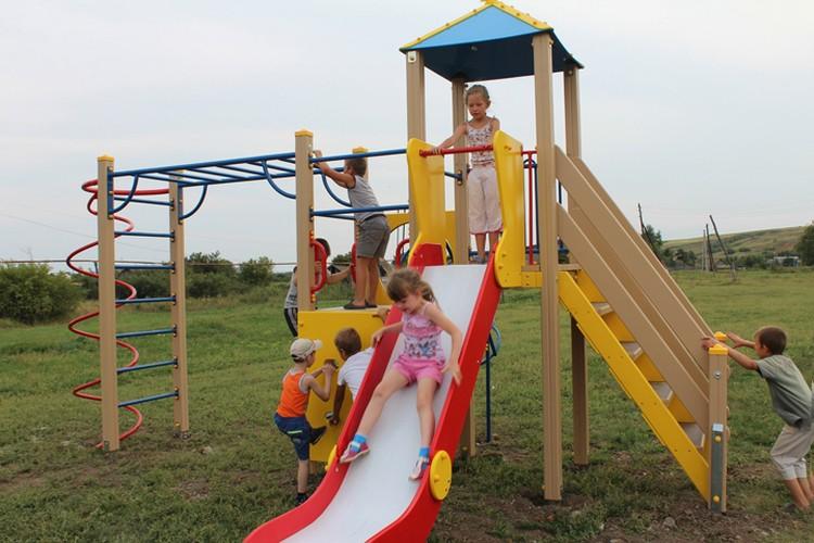 У этих ребят должен быть такой же шанс на счастливое и беззаботное детство, как и в городе Фото: vk.com/nevezhkino_village
