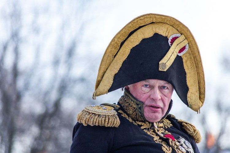 Соколов уже не походил на того эксцентричного генерала