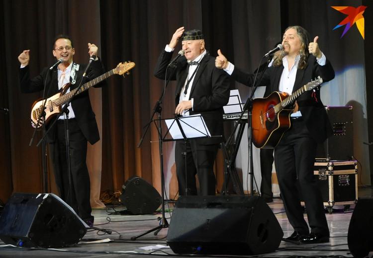 """На концертах Мисевич вспоминает теперь, как пел """"битлов"""" в самом начале """"Песняров""""."""