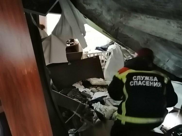 Были госпитализированы четыре человека. Фото Саратовской областной службы спасения