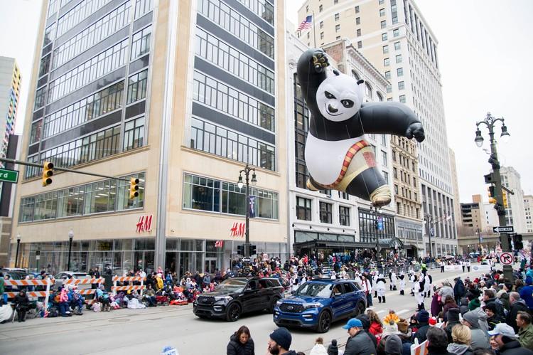 Кунг Фу панда на шествии воздушных шаров в Манхэттене