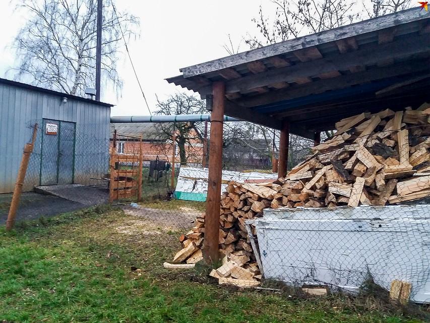 Власти говорят, что отопление школы слишком дорого обходится бюджету. Фото: Оксана БРОВАЧ