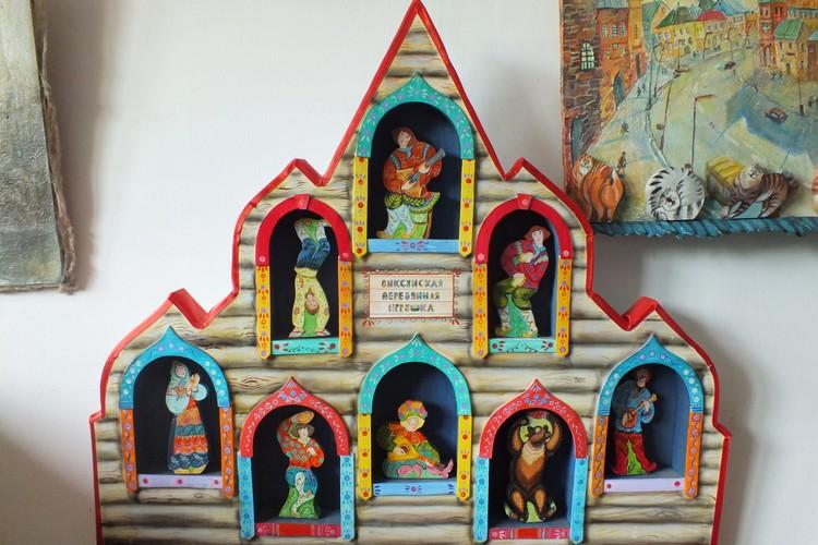 """Произведения декоративно-прикладного искусства """"рождаются"""" в гараже."""