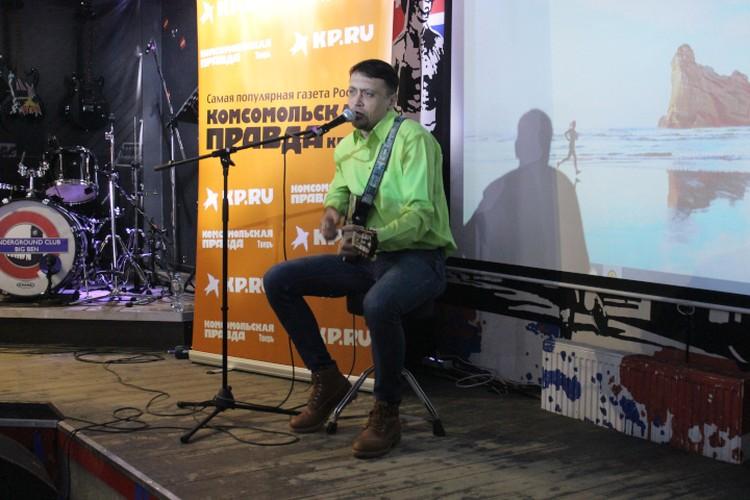 Гелани Яндиев стал дважды призером. 1 место за его песню ему отдали горожане, а 2 место - жюри