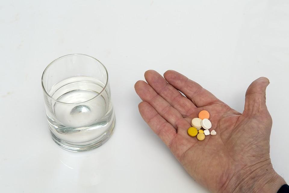 Первые в истории человечества полноценные медицинские испытания «таблетки от старости» уже запущены Фото: GLOBAL LOOK PRESS