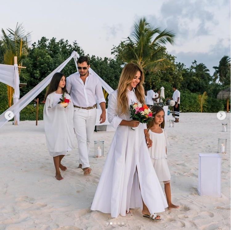 Шоумен и его жена Анжелика поженились в четвертый раз. Фото: Инстаграм.