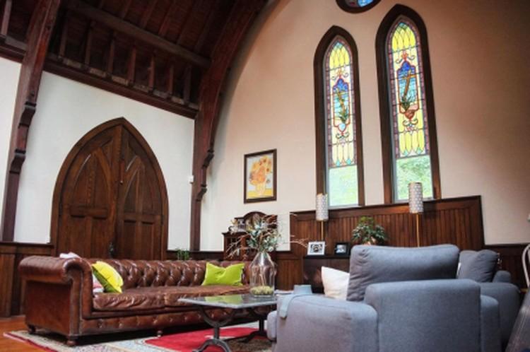 Роскошный интерьер готического жилья