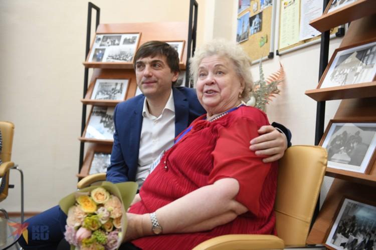 Учительница английского языка Людмила Мешкова помнит нового министра еще со школьной скамьи