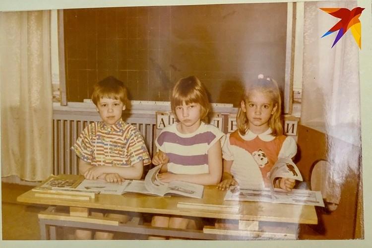 Ольга (справа) с четырех лет умела читать и писать