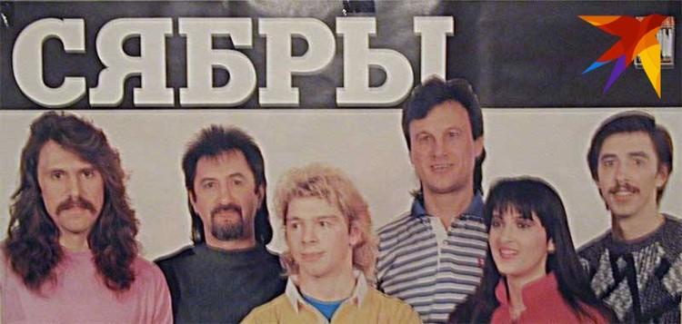 В 90-х после театрального института Владимир более 10-ти лет работал конферансье в ансамбле «Сябры» (на фото с Анатолием Ярмоленко). Фото: личный архив.