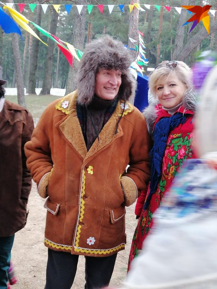 Федор Добронравов учил массовку танцевать. Фото: личный архив.