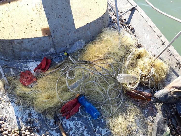 Ловить рыбу ставной сетью - запрещено. Фото: Пресс-служба погрануправления ФСБ по Крыму и Севастополю
