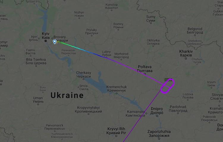 После многочисленных кругов в воздушном пространстве Незалежной в районе Полтавы его направили в Киев.