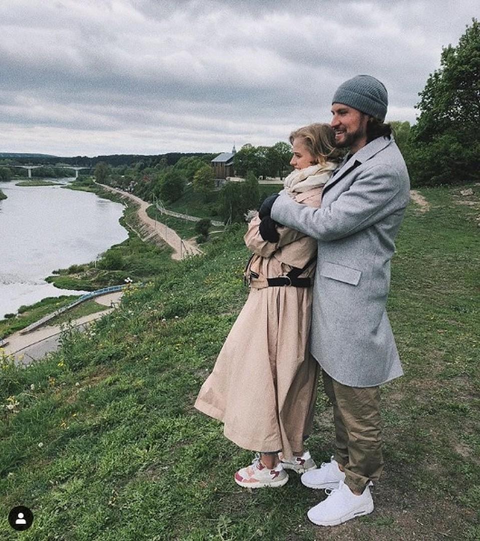 Актриса со своим избранником Евгением Савельевым. Фото: Инстаграм @bortich