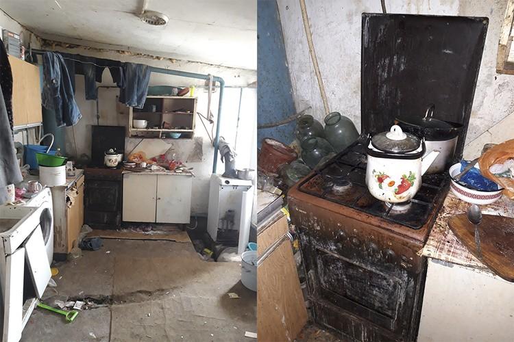 Кухня на момент проверки, предшествовавшей изъятию малышей из семьи, выглядела так. Управление по делам детей и защиты их прав администрации Симферопольского района