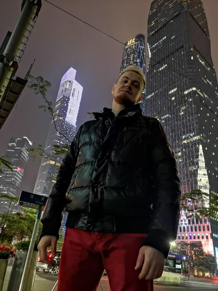 Музыканты из ROSTANY говорят: хоть ментальность китайцев во многом нам не понятна, города и развитие страны впечатляют. Фото: Личный архив