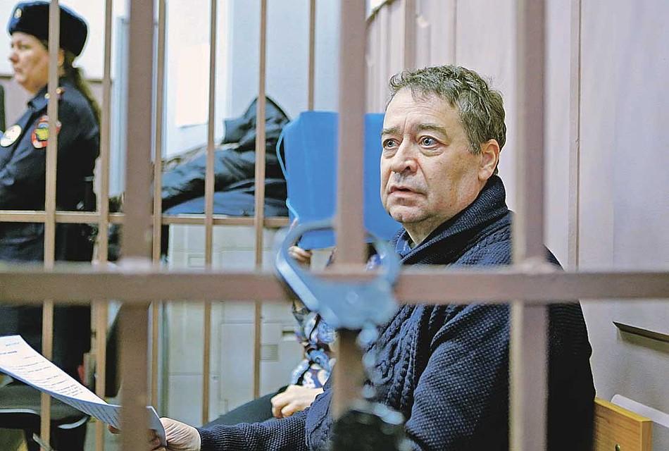 Экс-глава Марий Эл Леонид Маркелов отвечает суду стихами. Фото: РИА Новости