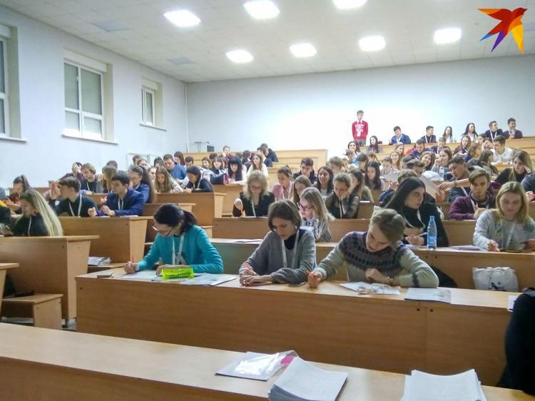 Студентов переведут на дистанционное обучение