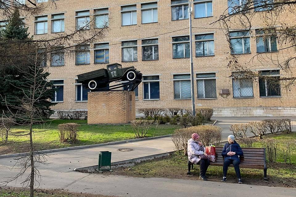 Людей пожилого возраста не особо много. Фото: Елена ПОПОВА