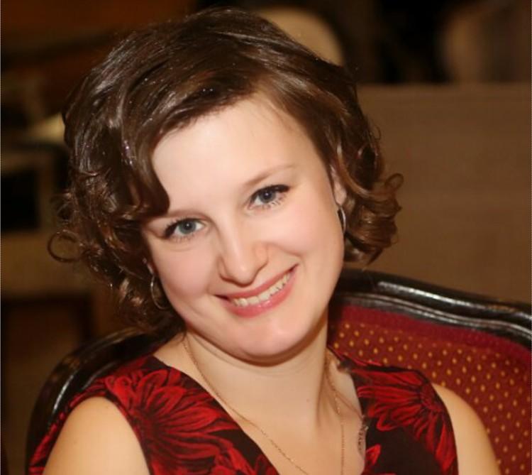 Юлия - фея-консультант по детским книгам.